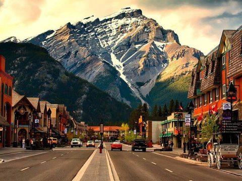 Cтуденты, обучающиеся в Канаде, могут забрать семью с собой