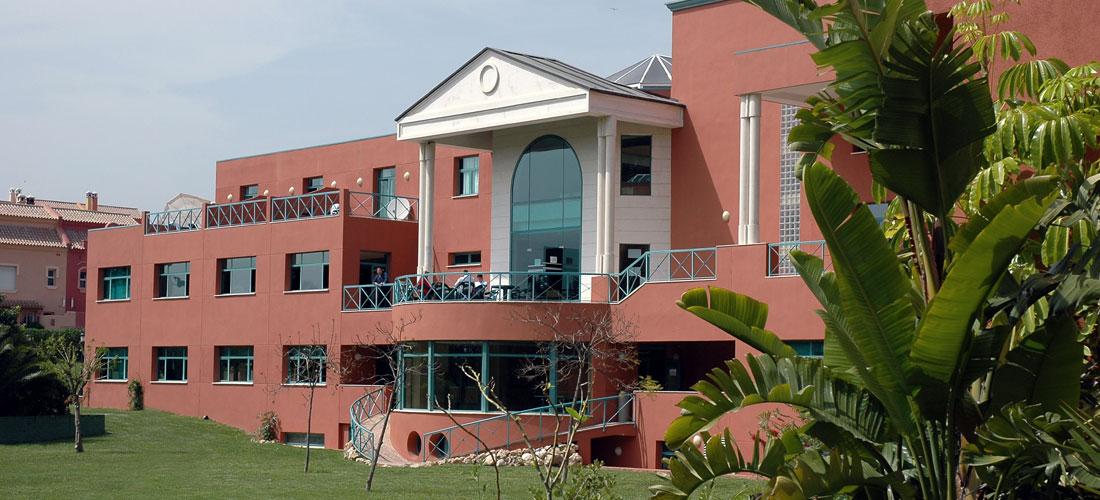 Институт Ле Рош Марбелла (Les Roches Marbella)