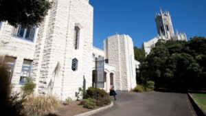 The University оf Auckland (Оклендский Университет)