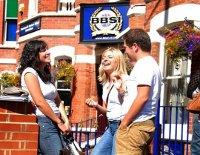 Самые счастливые студенты находятся в BBSI (международная школа бизнеса)