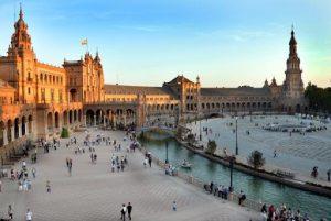 Работа после университета Испании: какие специальности наиболее перспективны?